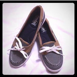Keds charter Breton stripe boat shoes NWOT